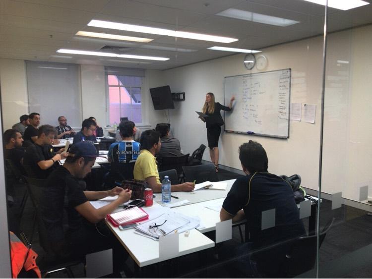 シドニーの語学学校グリーニッチでスタッフさんにインタービューしてきました!
