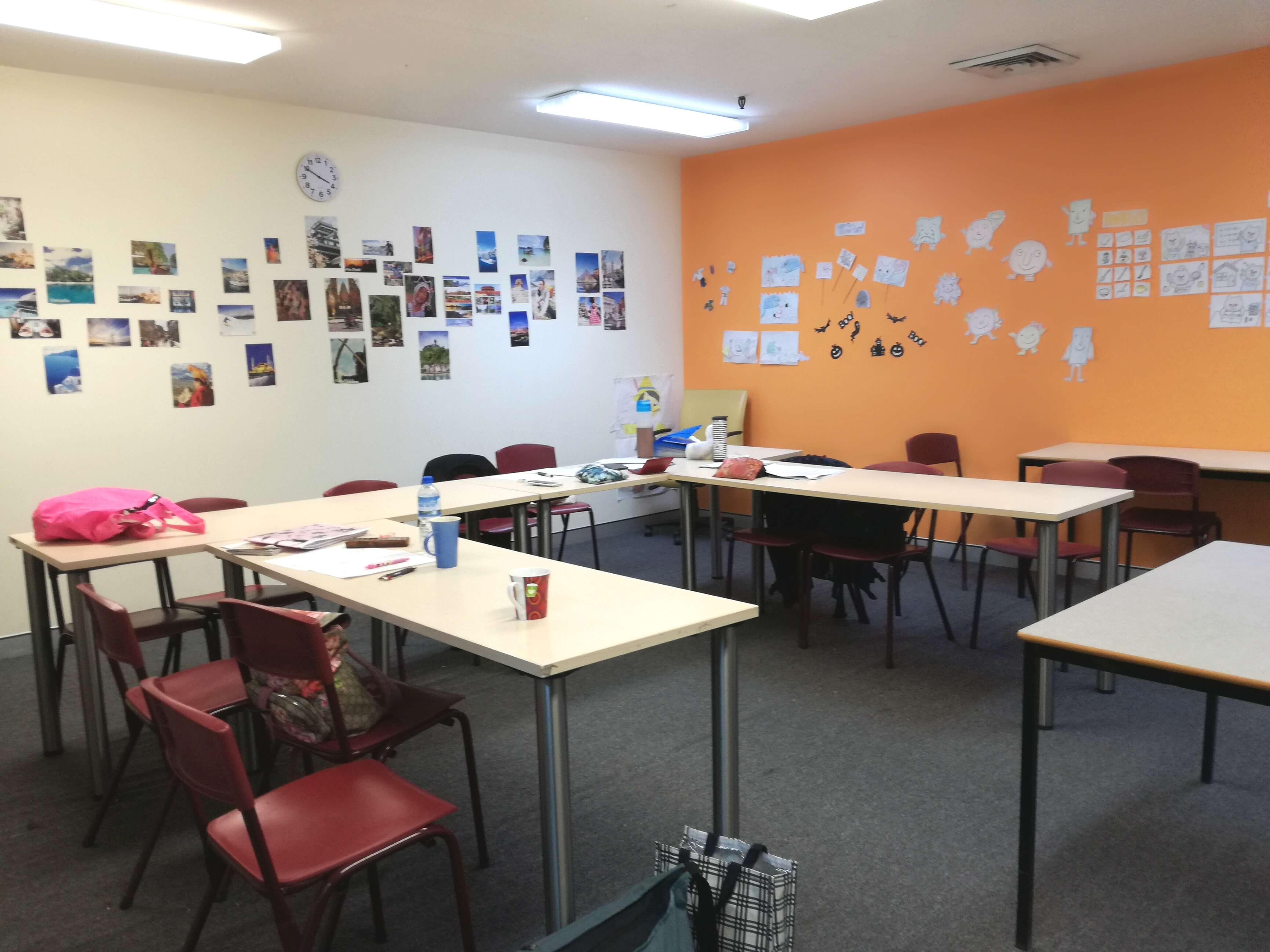 世界中で子どもに英語を教える資格が取れる!TECSOL&J-shineコースの先生に突撃インタビュー!